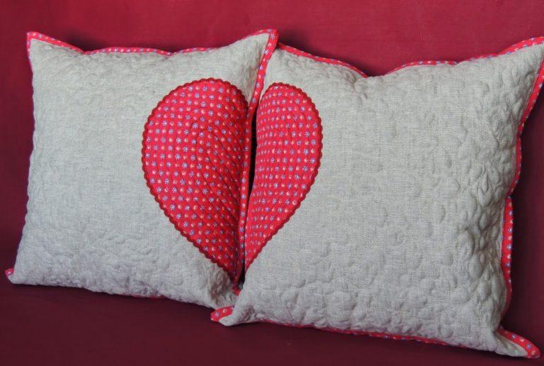 Как сшить красивую подушку своими руками 22